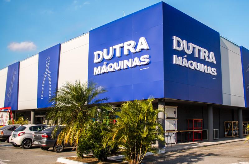 Dutra Máquinas há 39 anos no mercado varejista de máquinas e ferramentas.